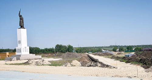 В поселке Октябрьский Щепкинского сельского поселения Аксайского района ведётся благоустройство парка