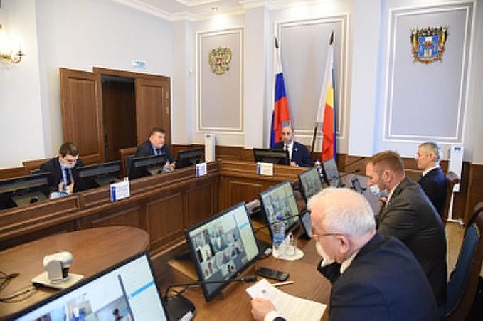Заседание комитета по строительству и ЖКХ Законодательного Собрания Ростовской области